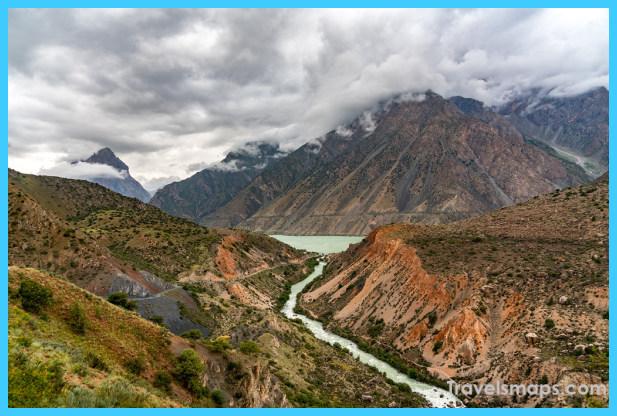 Travel to Tajikistan_3.jpg