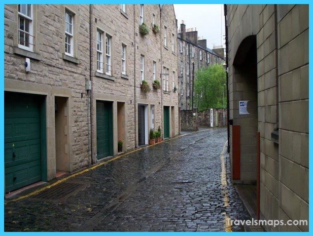Hostels in Edinburgh_1.jpg