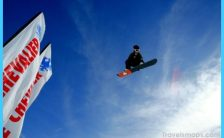Guide to the top snowboarding spots in the US_4.jpg