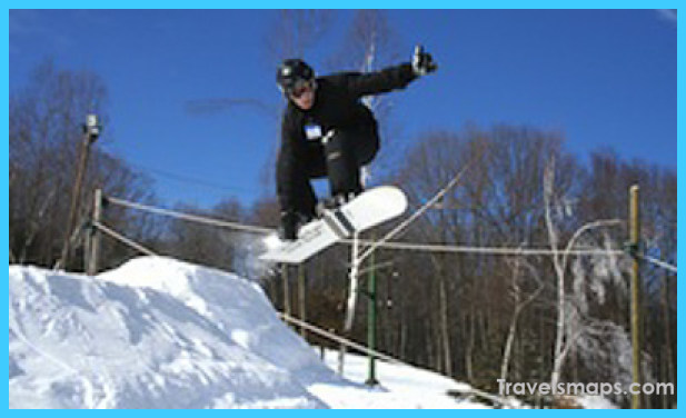 Guide to the top snowboarding spots in the US_6.jpg