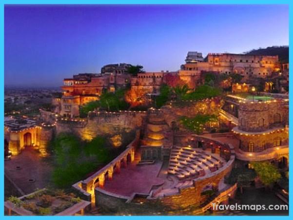 Delhi-getaway-neemrana-fort.jpg
