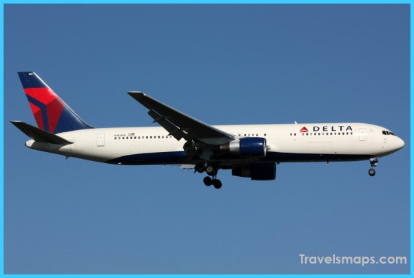 Delta_Airline_Boeing_767-300_N180DN.jpg