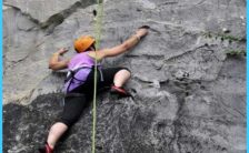 lan-ha-and-ha-long-bay-full-day-deep-water-soloing-independent-rock-climbing1-800x600.jpg