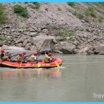 Rafting-in-Rishikesh-with-trekking-in-Himalayas2.jpg