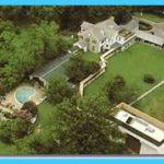 GRACELAND - Elvis Presleys Mansion_6.jpg