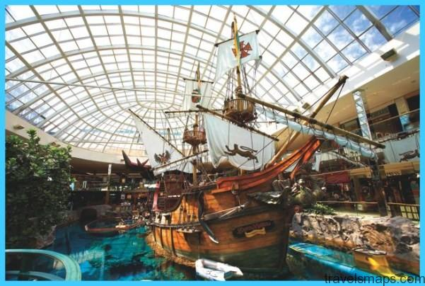LARGEST MALL IN NORTH AMERICA - West Edmonton Mall_1.jpg