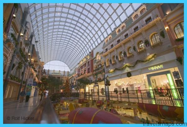 LARGEST MALL IN NORTH AMERICA - West Edmonton Mall_10.jpg