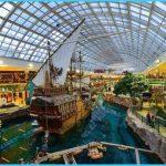 LARGEST MALL IN NORTH AMERICA - West Edmonton Mall_14.jpg