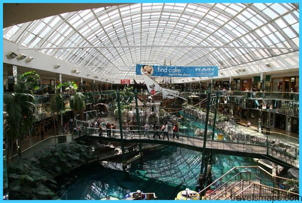LARGEST MALL IN NORTH AMERICA - West Edmonton Mall_27.jpg