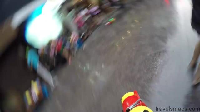 songkran in bangkok 33