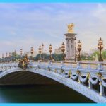 Paris Vacation Packages_15.jpg