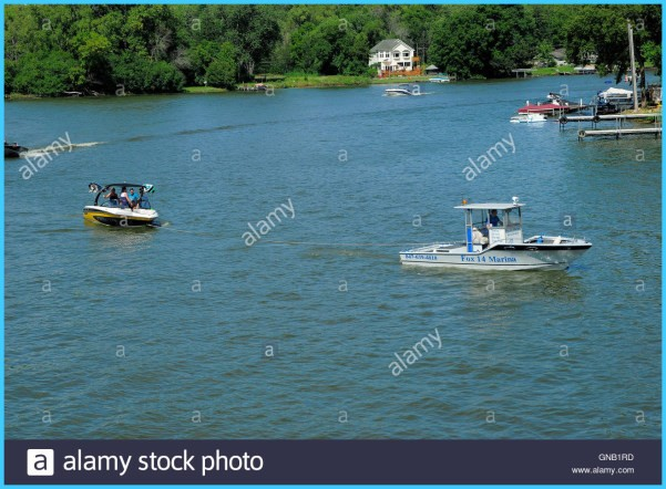 RECREATIONAL BOATING in USA_8.jpg