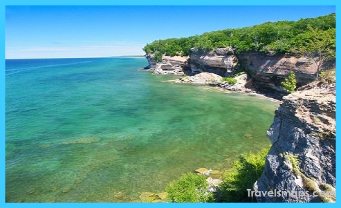michigan places visit vacation summer spots travelsmaps